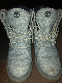 Floral timberlands woman 579 km