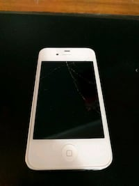 Unlocked iphone 4 (cracked screen) Kitchener, N2E 2S6