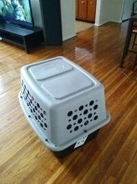 white and gray pet carrier Washington, 20019