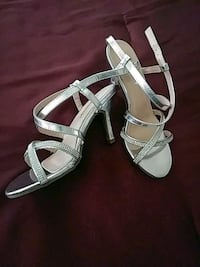 pair of silver-colored open-toe heels Bakersfield, 93304