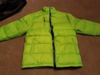 green zip-up bubble jacket Charter Township of Clinton, 48038