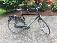 Black and gray road bike Woodinville, 98077