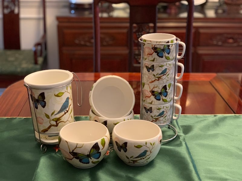 Cypress Home 12 pieces ceramic cups, bowls and spoons &folks stand 247f48aa-9b66-4f9a-9072-0c0b51e07a43