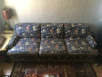 Vintage Floral Couch  Los Angeles, 90012