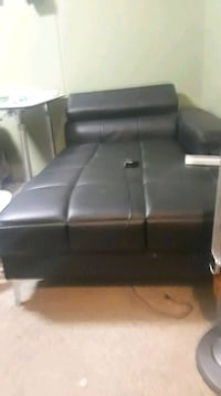 Stand alone Leather chaise 379 mi