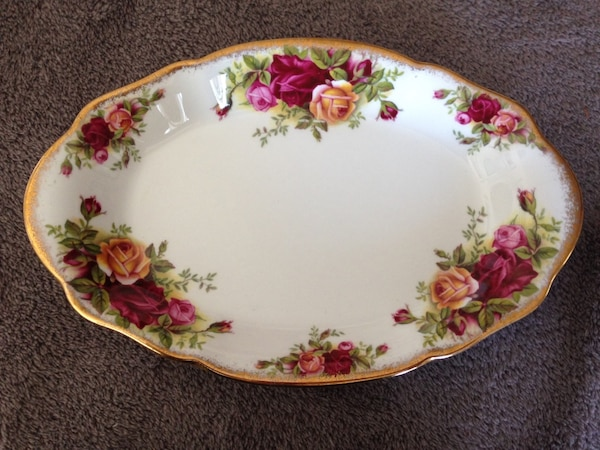 Royal Albert Old Country Roses Serving Tray