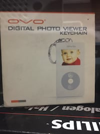ovo digital photo viewer keychain box Red Deer, T4N 1C4