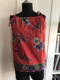 Handmade summer printed top Size S New Westminster, V3L 0J1