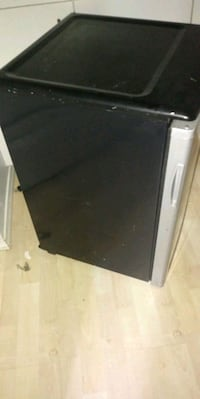 Mint Denby bar fridge Barely Used Winnipeg, R3C 2A8