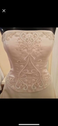 14 Wedding Dress, never worn! Mc Lean, 22102
