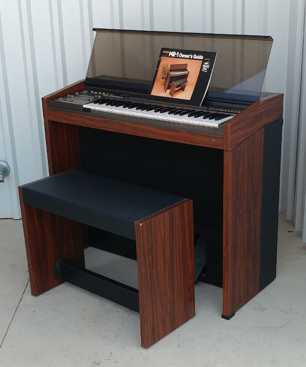 Used Yamaha Electric Organ And Bench Model Mr 1 Musi For In Dallas Letgo