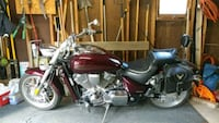 black and red touring motorcycle Barberton, 44203
