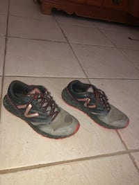 New Balance- men size 8 Weslaco, 78596