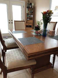 Dining room Vaughan, L6A 4A5