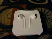 Apple Lightening Earbuds + Adapter London, N6E 1V4