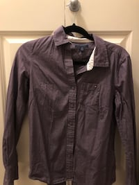 Tommy Hilfiger  blouse size small Vancouver, V6T 0A5
