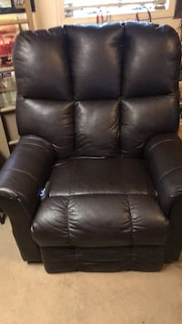 Recliner Electric Lift Chair Smithtown, 11787