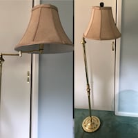 Golden floor lamp, It's a bit heavy Temple Hills, 20748