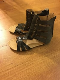 pair of black leather open-toe wedge sandals Pointe-Claire, H9R 3J3