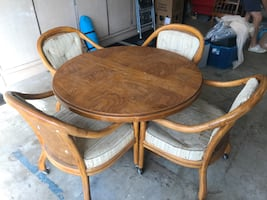 """42"""" Drexel game table & chairs.  FREE!  Pick it up today."""