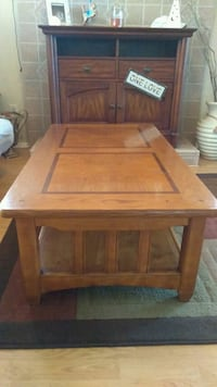 Coffee table & two end tables Orlando, 32812