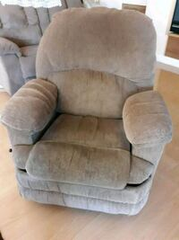 electric recliner with massage. Las Vegas, 89129
