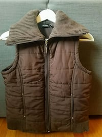 women's brown zip-up vest New Haven, 06511