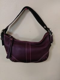Coach Hobo Handbag St. Louis, 63114