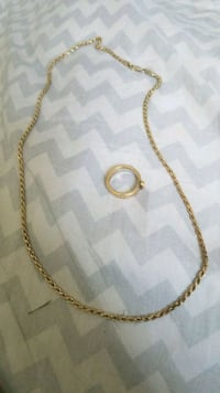 gold chain necklace with lobster lock Indianapolis, 46254
