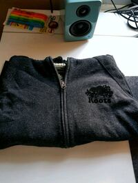 Roots Hoodie small women's Ottawa, K2H 7C7