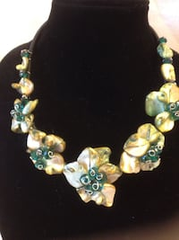 Silver and teal floral shell necklace Buena Park, 90620