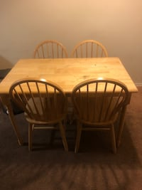 rectangular brown wooden table with four chairs dining set Oxon Hill, 20745