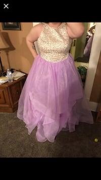 Lavender and off white sequenced prom dress Bellevue, 68123