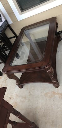 Cherry wood Ashley Coffee table Copperas Cove, 76522