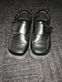 Toddler Boys Black dress shoes.