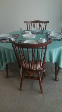 Vintage tables and chairs very very good condition moving sale Charlotte, 28105