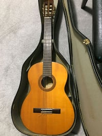 Pan guitar with case 10 km