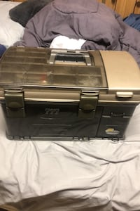Plano 777 tackle box (very large)