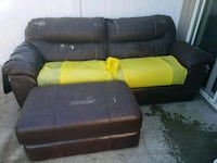 Couch on back patio must pick up yourself Platte City, 64079