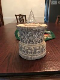 Unusual Carved Ash Tray Springfield