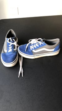 Vans size 3 youth  DuPont, 98327