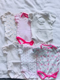 Baby's assorted clothes 6 bodysuits - 12$ Charlotte, 28210