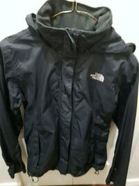 Womens North face rain coat size small Burnaby
