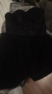 black and gray floral sleeveless dress Leominster, 01453
