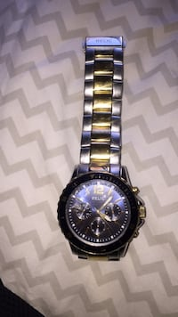 round silver-colored chronograph watch with link bracelet Ontario, 91761