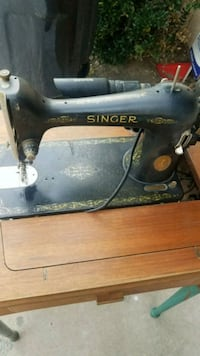 Vintage Singer Sewing Machine  Ontario, 91761
