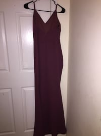 women's maroon sleeveless dress Concord, 28025