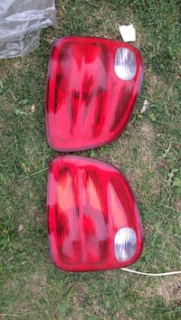 Ford truck tail light (super crew) Edmonton, T6L 4P9