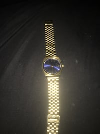 Gold Nixon watch Austell, 30168