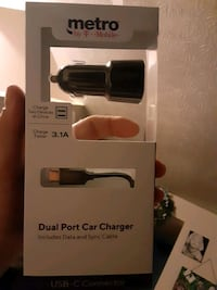 Dual port car charger USB c type